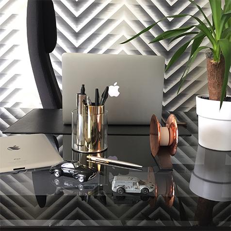 d rouleur de scotch beyond object or sur la collection. Black Bedroom Furniture Sets. Home Design Ideas